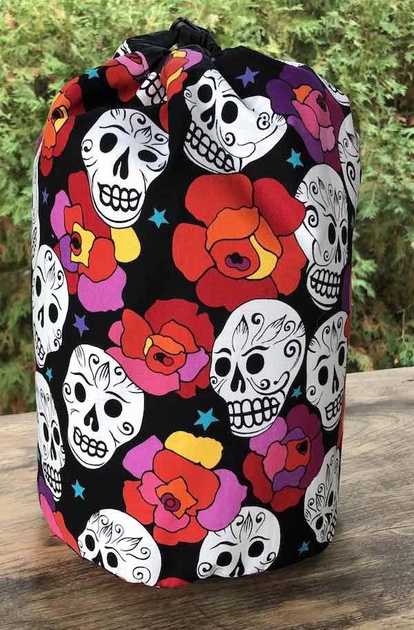 Estrellas de los Muertos drawstring bag, The Large Suebee