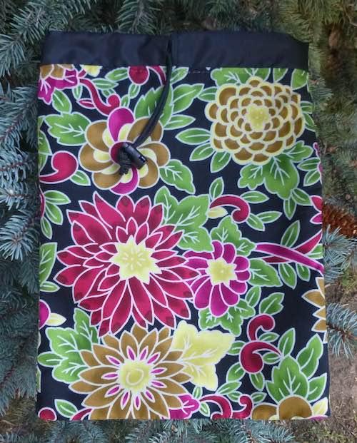 Flower Burst Flatie Jr. a flat drawstring bag