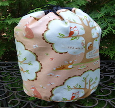 Friends of the Forest SueBee Round Drawstring Bag
