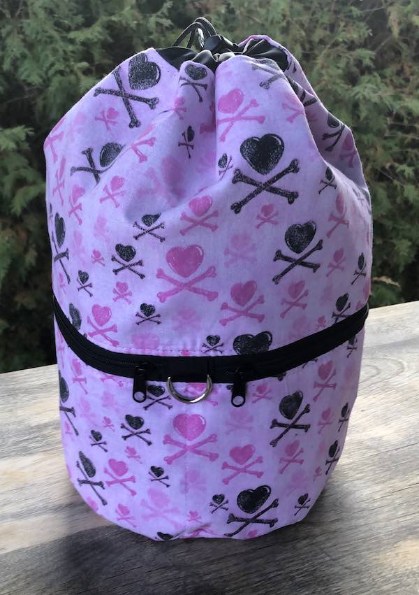 Hearts and Crossbones knitting project bag, large Kipster