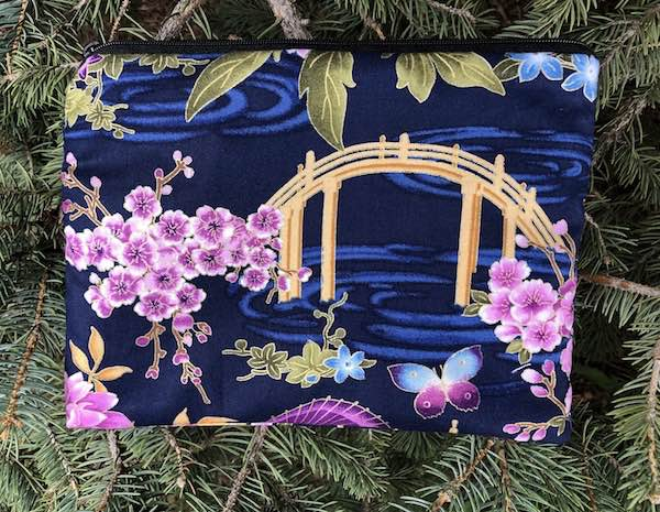 Japanese Spring Mahjongg card and coin purse, The Slide
