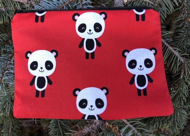 Adorable Pandas Goldie zippered bag