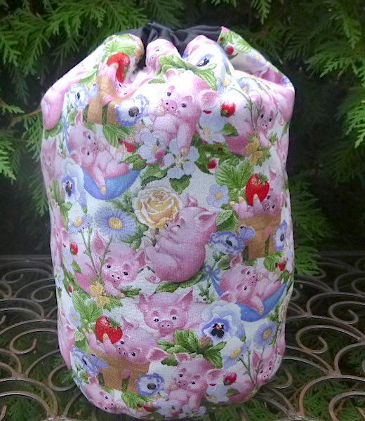 Playful Piglets SueBee Round Drawstring Bag