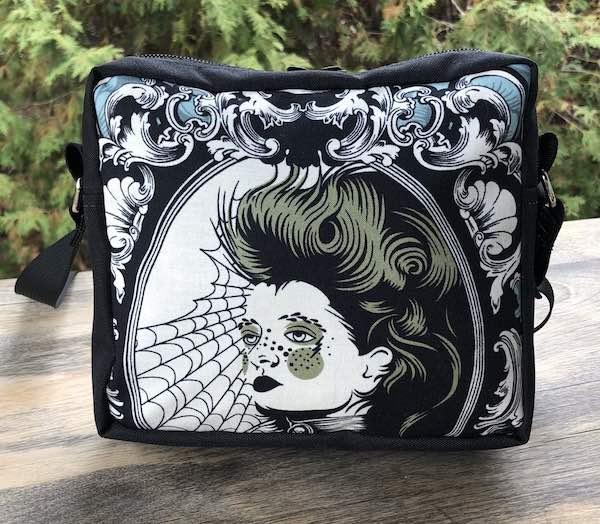 Scarlett Von Black Hipster Shoulder Bag, The Otter