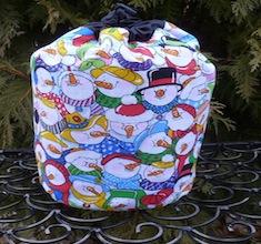 Snowman SueBee Round Drawstring Bag