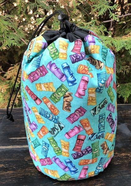 Tiki SueBee Round Drawstring Bag