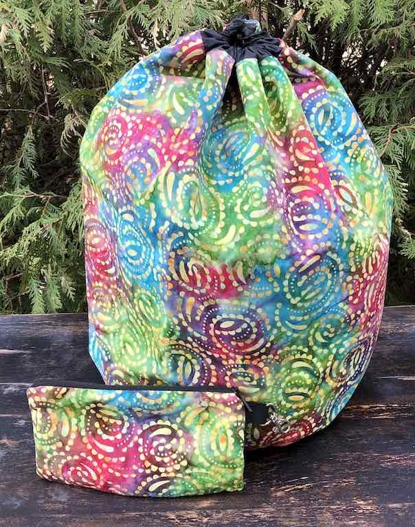 Batik Swirls Alpaca Deluxe, large knitting bag and pouch