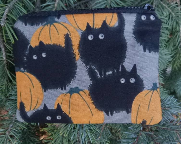 Belinda's Big Kitty in smoke Coin Purse, The Raven