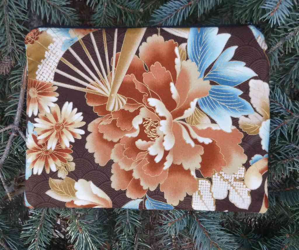 Japanese Flowers in Brown Mahjongg card and coin purse, The Slide