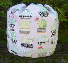 Cactus SueBee Round Drawstring Bag
