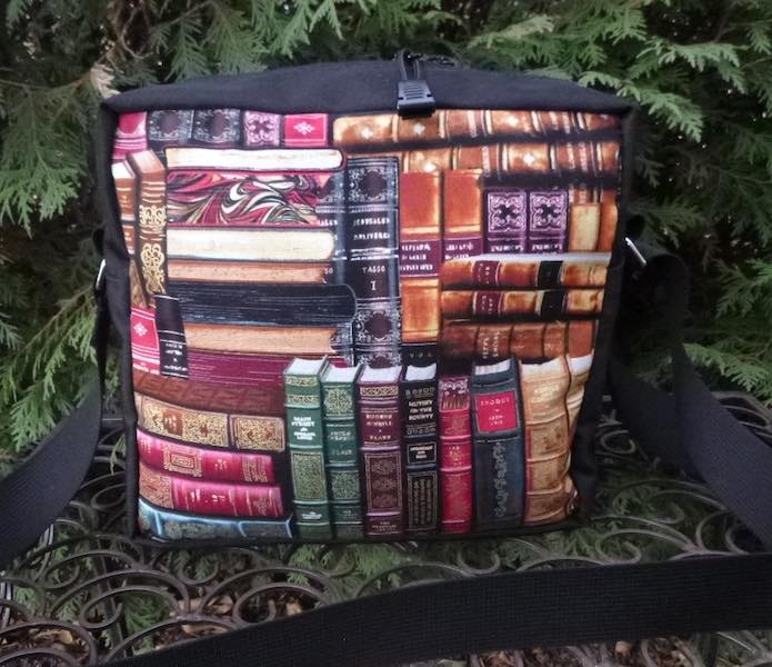 Classic Books Shoulder Bag, The Raccoon