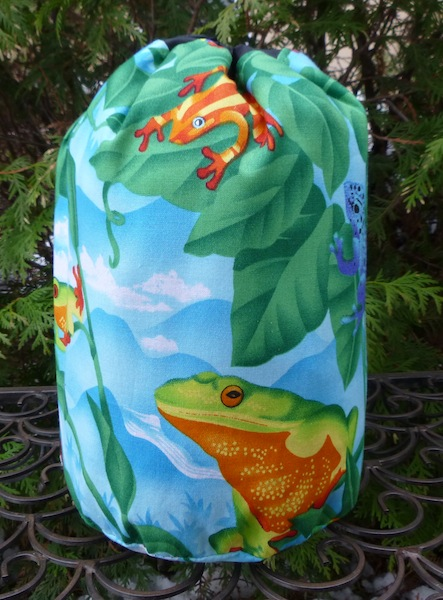 Colorful Frogs SueBee Round Drawstring Bag
