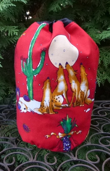 Coyote Christmas SueBee Round Drawstring Bag