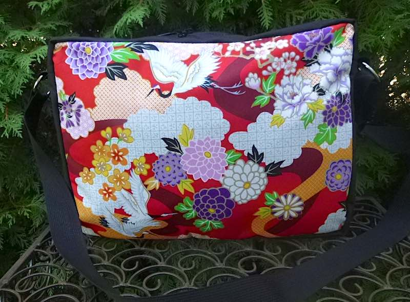 Cranes and Mums Medium Honeysuckle Zippered Tote