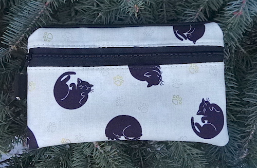 Japanese Curled Cats Mini Wallet Purse Organizer, The Sweet Pea