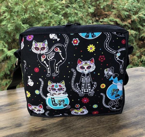Day of the Dead Cats Hipster Shoulder Bag, The Otter