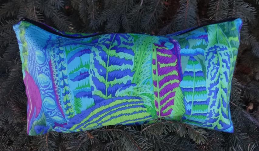 Blue Feathers Large Zini Flat Bottom Bag