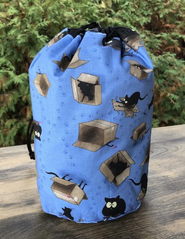 Happy Kitty Boxed SueBee Round Drawstring Bag