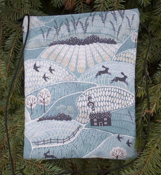 Into the Woods Dove purse on a string