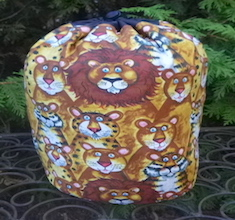 Jungle Buddies, Lions and Tigers, SueBee Round Drawstring Bag