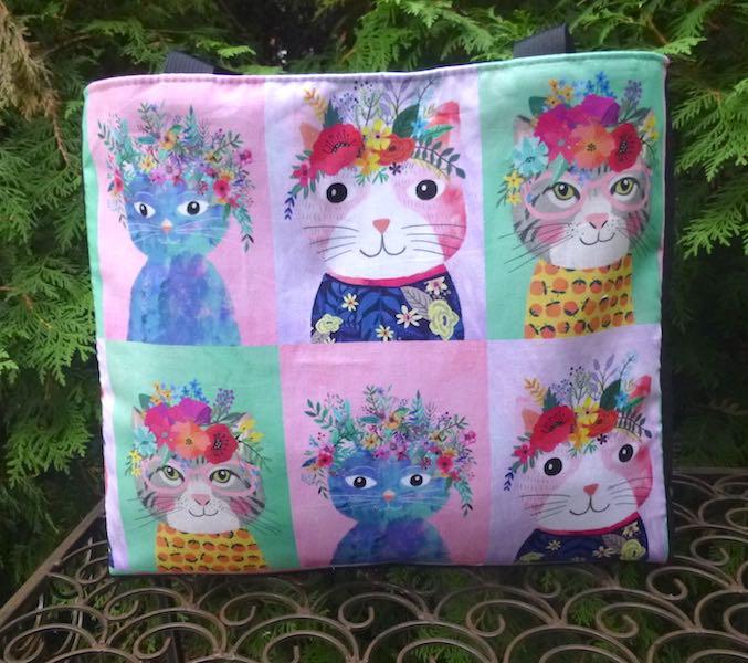 Kitty Squares Medium Fleur Tote, wide