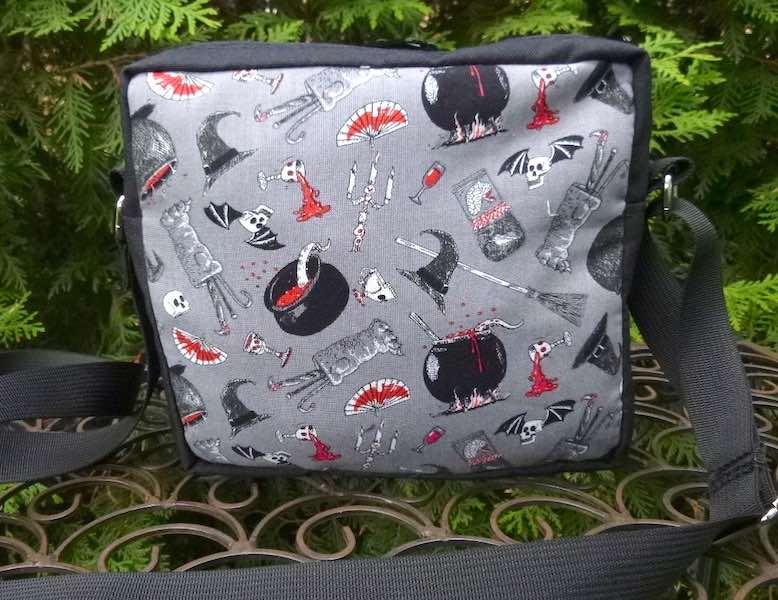 Oddity Home Decor Hipster Bag, The Otter
