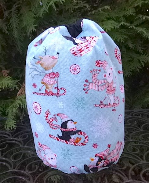 Peppermint Pals SueBee Round Drawstring Bag