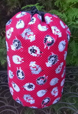 Pin Dot Sheep SueBee Round Drawstring Bag
