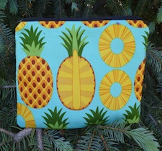 Pineapple zippered bag, The Scooter