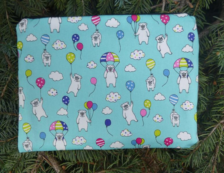 Pugs and Balloons Mahjongg card and coin purse, The Slide