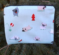 Pugs and Kisses zippered bag, The Scooter