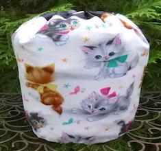 Retro Kitties SueBee Round Drawstring Bag