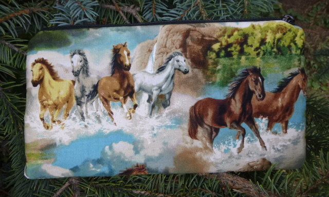 Running horses Deep Scribe pen and pencil case