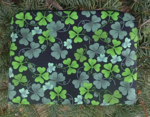 Shamrocks zippered bag, The Scooter