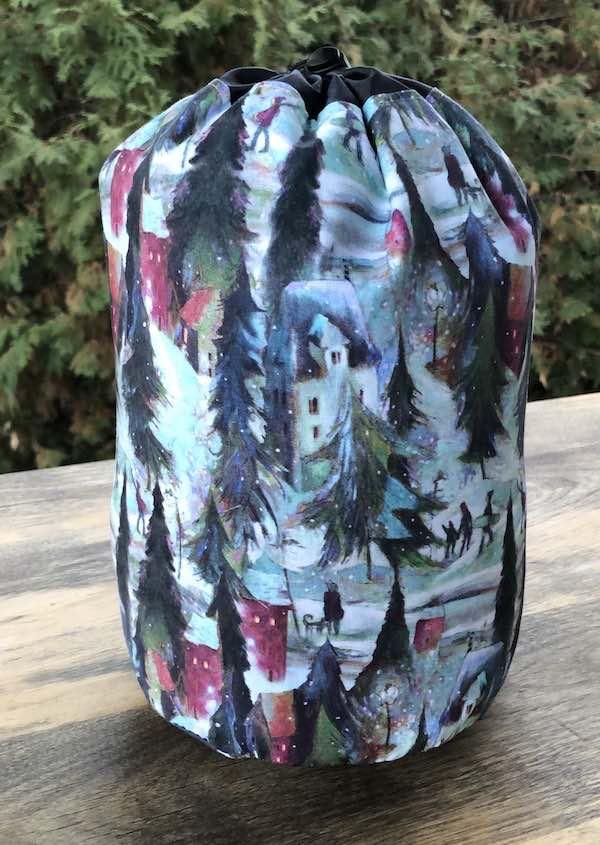 Ski Town SueBee Round Drawstring Bag