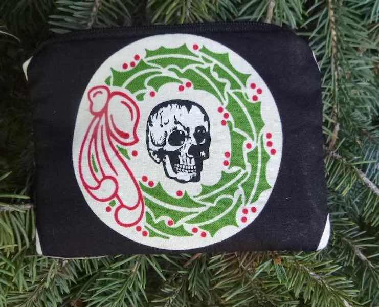 Skull Christmas Wreaths Coin Purse, The Raven