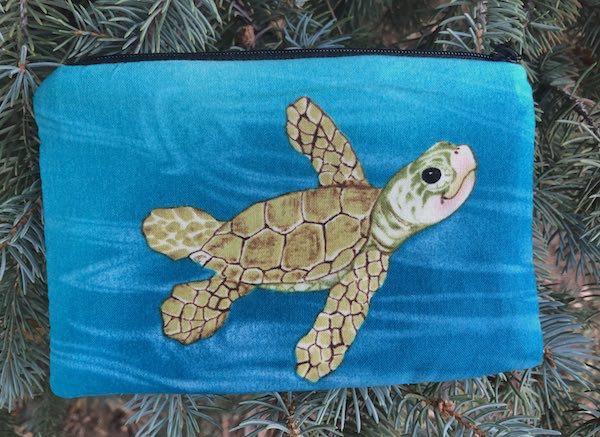 Smiling Turtles Goldie zippered bag