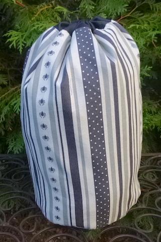 Spider Stripe SueBee Round Drawstring Bag