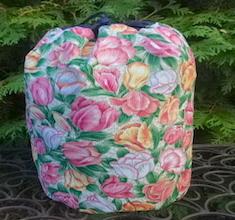 Tulips SueBee Round Drawstring Bag