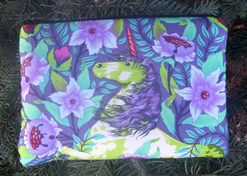 Unicorn Imaginarium padded case for essential oils, the Essence