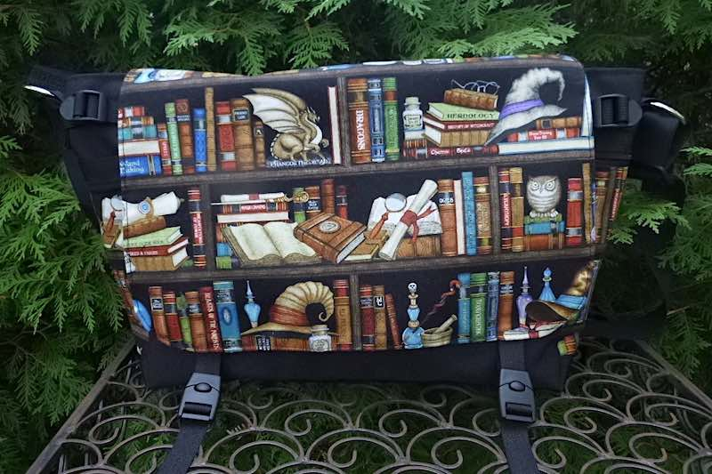 Witches and Wizards Bookcase Lynx Deluxe Messenger Bag